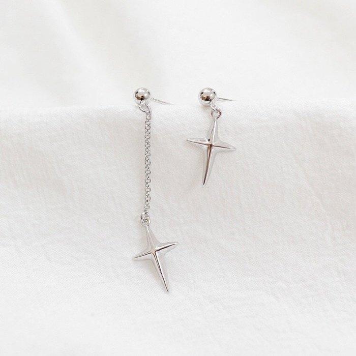 《現貨》S925銀 長短配 素面十字架耳釘 耳環 耳飾 耳針 Baonizi 寶妮子