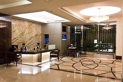 快樂自由行 花蓮 麗軒國際飯店 平日家庭四人房住宿  含早餐