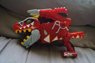 二手美品!BANDAI 萬代 獸電戰隊強龍者-暴咬龍嘉年華獸電槍!