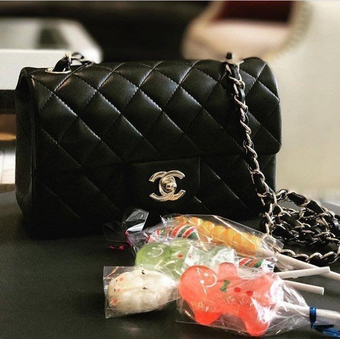 Chanel 香奈兒包 A69900 Flap Mini Coco 包 小羊皮 20 cm 黑金鍊