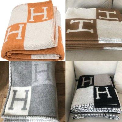 全新真品 HERMES 愛馬仕 AVALON 羊毛抱枕 毛毯 黑色 灰色  橘色任選