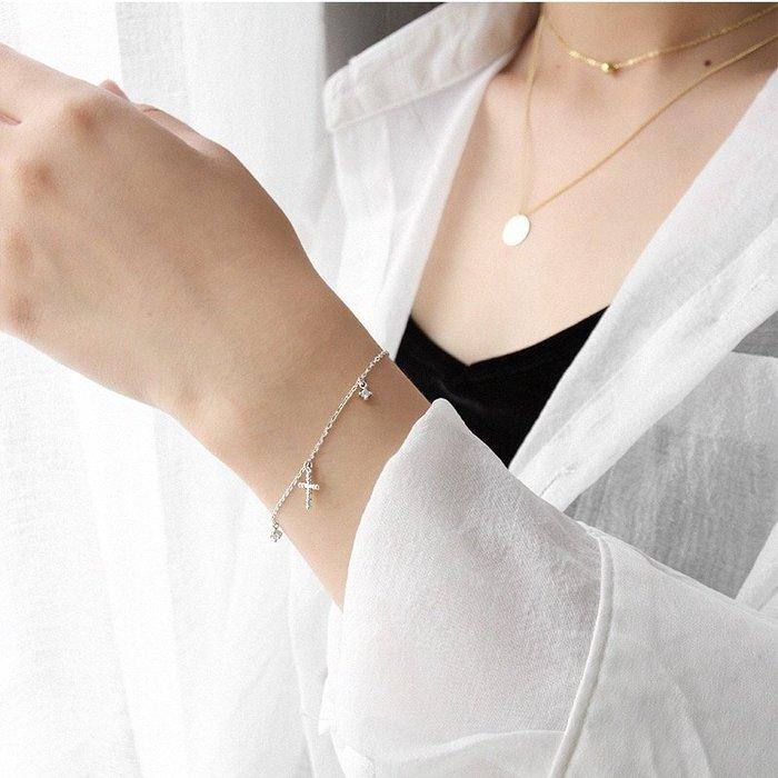 《現貨》S925純銀 氣質百搭十字架鋯石吊墬流蘇 手飾銀手鍊 生日情人節 聖誕節 Baonizi