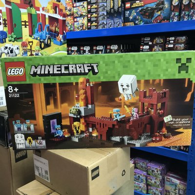 樂高 靚盒 全新 未開封  Lego 21122 Minecraft The Nether Fortress Lego etc 清貨
