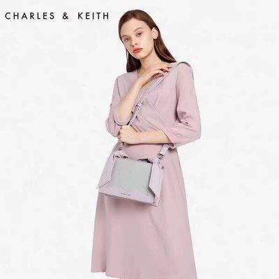 ╭☆包媽子店☆CHARLES&KEITH 新款拼色款手提包/單肩包