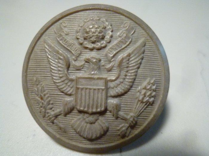 190501~美國軍官~適用(罕見~本項目一律免運費)紀念章!!大粒~老鈕扣