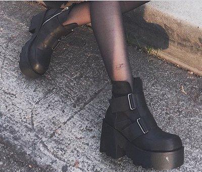 【黑店】英倫龐克風個性厚底短靴 暗黑系基本款後底馬丁靴短靴 個性短靴機車靴 百搭基本款短靴SH107