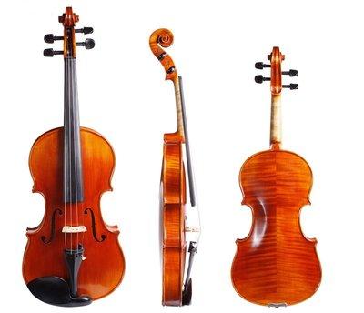 皇家樂器~全新德國SANDNER TA-24中提琴
