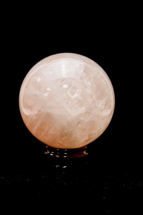 《博古珍藏》頂級天然水晶【巴西粉晶球】1.8公斤.直徑9.7公分.附底座.愛情寶石招桃花.底價回饋