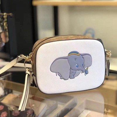 美國正品 琪琪OUTLET代購 COACH 69252 Disney X 新款小飛象女士流蘇包 斜跨相機包 附購買證明