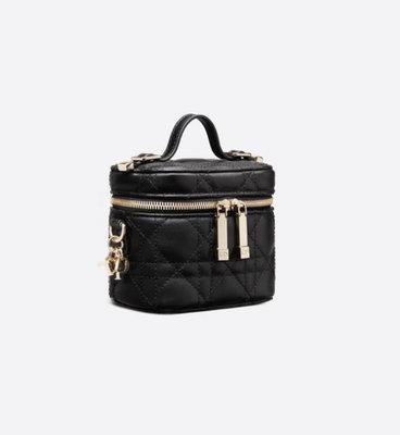 [非現貨,英國代購直郵台灣✈️]Dior MINI LADY DIOR VANITY CASE 迷你 小羊皮 化妝箱包 12cm