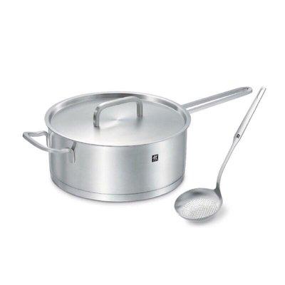 德國雙人牌湯鍋 單柄深平煎鍋24CM 附勺子。CW-SP1901