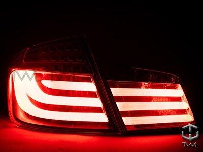 《※台灣之光※》全新BMW F10 10 11 13 12年前期改裝透明版LED光條後燈尾燈組
