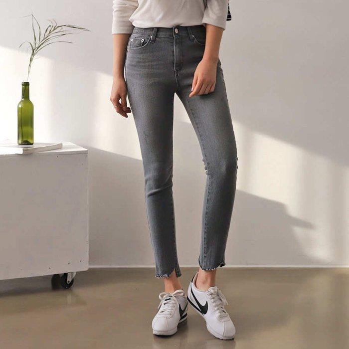 韓國 熱賣款彈性腰圍面料  刷色牛仔褲貼腿顯瘦九分褲 三個顏色 1350 預購 S~XL