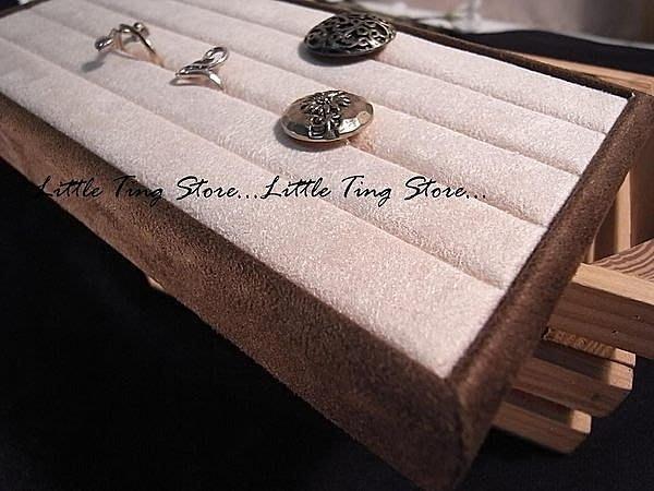 網拍擺攤創好幫手 高雅麂皮絨展示盤 戒指盤 戒指托盤 袖釦 胸針展示