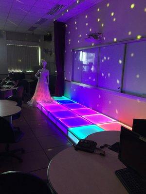 LED 發光 鋁合金支架 強化膠合玻璃 承重500公斤一平方米