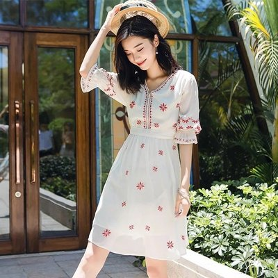 BEAUTY AMIU·沙灘裙女夏2021新款波西米亞連身裙短裙泰國普吉島裙子洋裝海邊度假裙