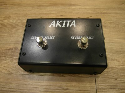 二手 AKITA 電吉他 音箱 訊號切換踏板 Foot Switch ID Core  直購價$1,200