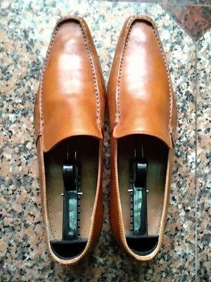 Zara小牛皮皮鞋