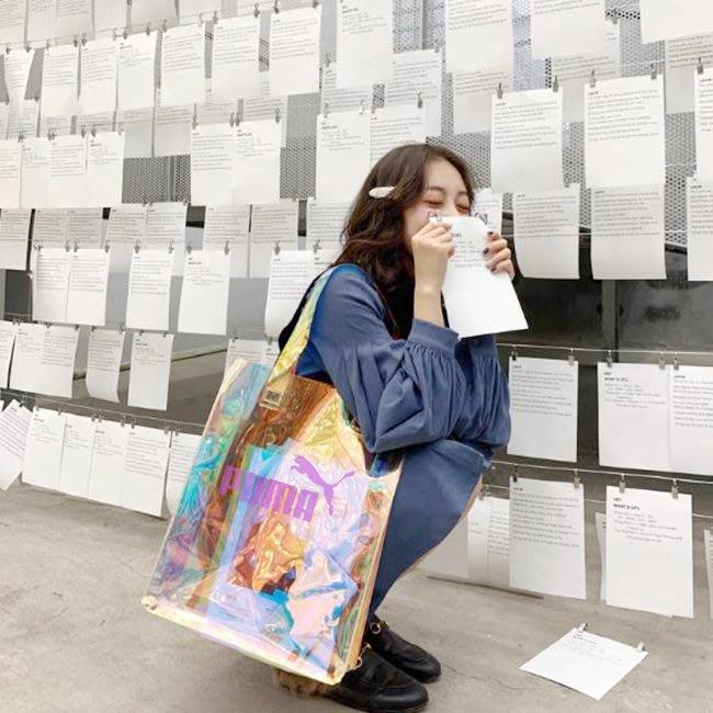 PVC袋 果凍包 客製化 雷射膜 透明手提袋(LOGO) 購物袋 環保袋 廣告袋 網紅提袋【S33002201】塔克玩具