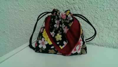 豬豬日本拼布/黑色花朵福袋.阿信袋.環保袋.萬用袋/歡迎訂作獨一無二的手作品