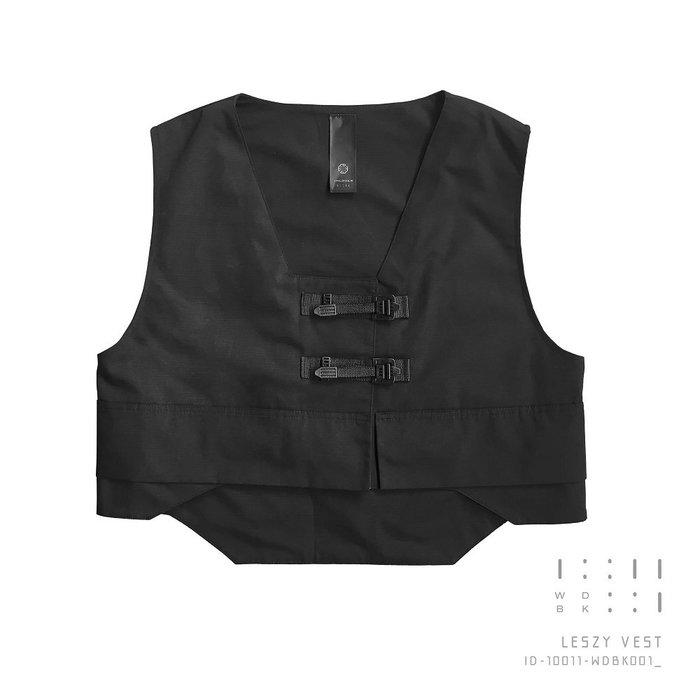 { POISON } INCODER LESZY VEST 中式傳統服飾一字扣靈感 寬鬆短版背心