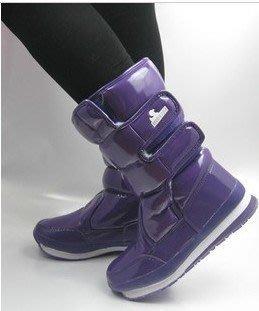 冬天必備 日本雪地靴 超級防水防滑雪靴 保暖靴 太空靴 櫻花 橡皮鴨 Qger 男女可穿 101種款式 特價$880元!