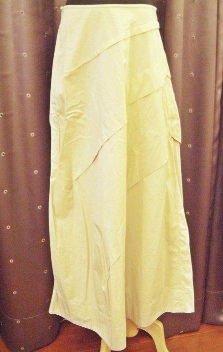 出清大降價!近全新 香港知名設計師 Rib Yeung 米色斜層次長裙,低價起標無底價!本商品免運費!