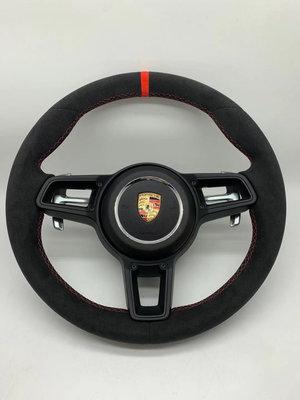 Porsche 718 GT4 方向盤