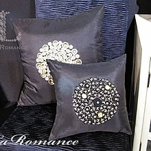 【La Romance 芮洛蔓】Enos 系列 - 晶亮縫珠- 深灰色 (大)  / 腰枕 / 靠枕 / 靠墊