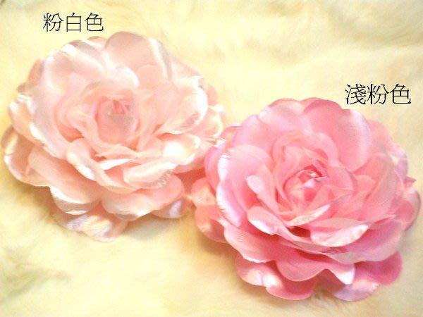 B. & W. world *美美的花飾*R13621*中朵日式玫瑰頭花、胸花、頸花皆宜***顏色可自選**
