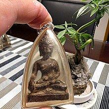 【 金王記拍寶網 】F1105  早期鎏金銅佛佛牌 銅雕佛 包殼一尊 罕見稀少~