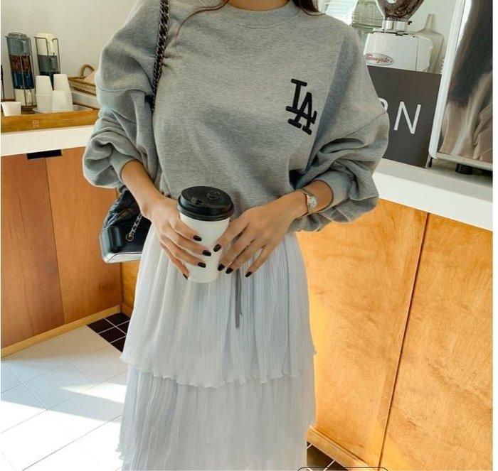 美麗喵。現貨。正韓 韓國製 春 LA 縮腰綁帶 薄長袖 T恤上衣(3色)