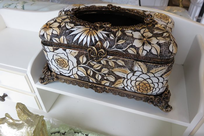 古典 立體面紙盒