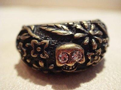 全新丹麥設計款名牌 PILGRIM 復古鑲水鑽骷髏頭雕花戒指,低價起標無底價!本商品免運費!