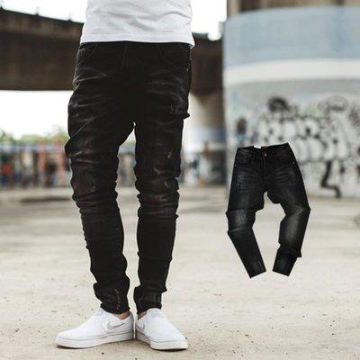 柒零年代【NB0529J】黑灰刷色小刷破彈力合身版牛仔褲(UC8209)