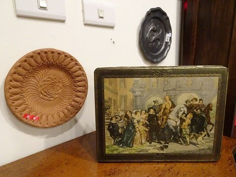 【卡卡頌 OMG歐洲跳蚤市場 / 西洋古董 】歐洲古董藝術精美圖樣可鎖老鐵盒  m0289✬