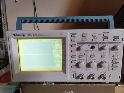 示波器 Tektronix TDS220 100MHz 缺一個旋鈕 附原廠包