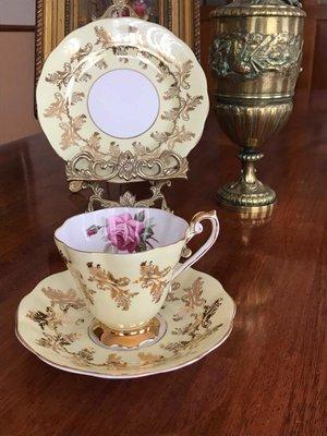《風雅頌西洋古物 》英國Royal Standard  杯盤3件組