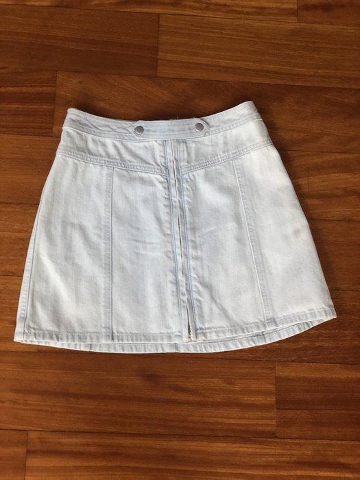 (嘻哈姐弟) Abercrombie & Fitch 女生傘型牛仔短裙 全新沒穿過 現貨0號 拉鍊款開釦