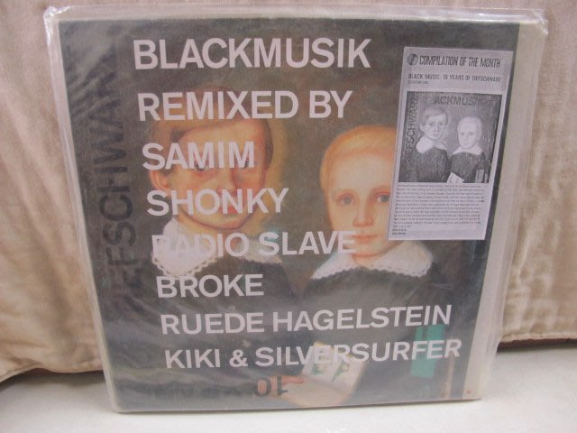 二手舖 NO.3939 黑膠 西洋 Tiefschwarz Blackmusik