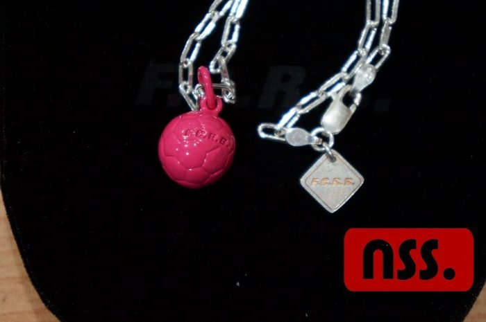 「NSS』FCRB F.C Real Bristol sophnet SOCCER BALL NECKLACE 足球項鍊