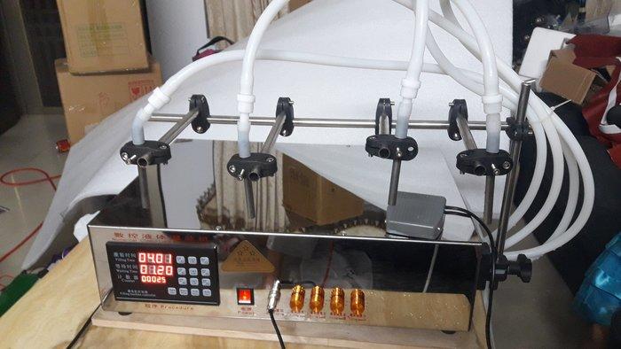 多頭液體灌充機  特製機6公升X4頭 (達威機械)