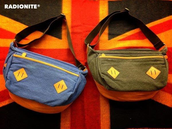 美國東村【RADIONITE】Bale Classic Bag 重磅 水洗 郵差包 雙開口 功能性 半月包 藍/灰 兩色