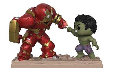 Marvel-Hulk vs Hulkbuster Figure 綠巨人vs鋼鐵人模型