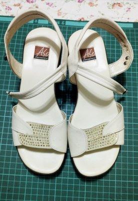 阿瘦米白色涼鞋7.5/39號🎉特價