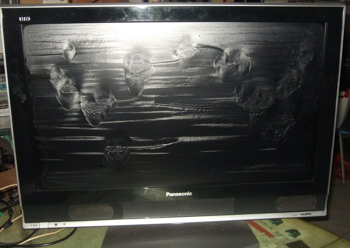 【小楊電腦】TV-32國際 Panasonic液晶電視機(面板脫膜+畫面變暗)TC-32VPK 全機當零件機賣歡迎自取