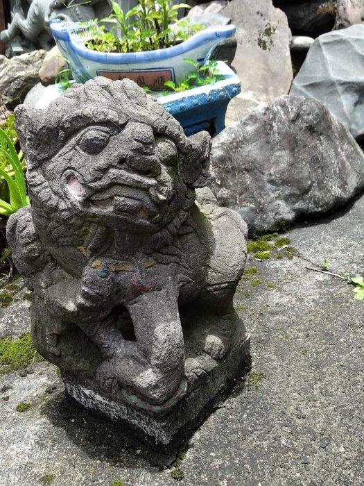 [御寶閣] 古董 文物 藝品 字畫 化石~觀音石老對獅 大型老觀音石對獅 老觀音石 石獅子 老石獅 一對