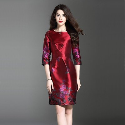 Olivia奧莉-緞面優雅 刺繡酒紅 中袖圓領洋裝 S-3XL 連身裙 禮服 伴娘服 洋裝 媽媽裝 宴會服