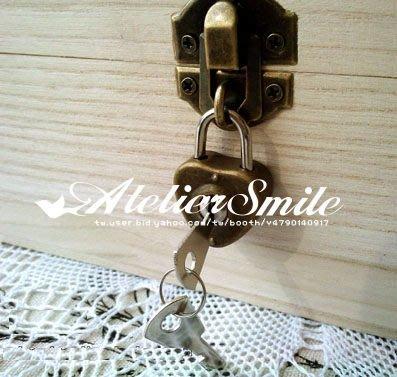 [ Atelier Smile ] 鄉村雜貨 日單新品 木箱專屬金屬愛心鎖組合 (限加購)
