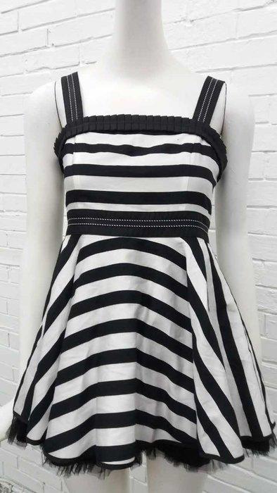 M黑色洋裝特價1800元含運費